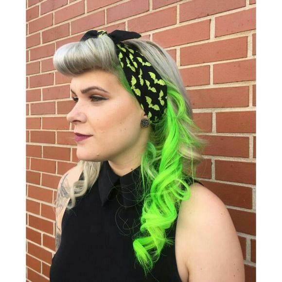 Accessories Green Bats Goth Retro Rockabilly Self Tie Hair Bow